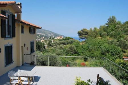 3 bedroom apartments for sale in Alassio. New apartment with two terraces and a view of the sea, Alassio, Italy