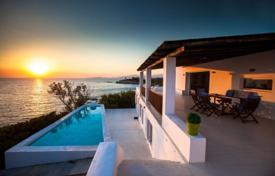 Property to rent in Attica. Villa – Attica, Greece