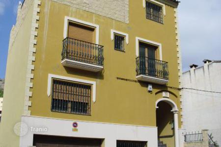 Cheap property for sale in Callosa d'En Sarrià. Apartment – Callosa d'En Sarrià, Valencia, Spain