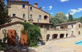 Luxury 5 bedroom houses for sale in Tuscany. Villa – Arezzo, Tuscany, Italy