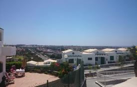 2 bedroom houses for sale in Gran Canaria. Bungalow with views over Maspalomas