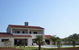 3 bedroom houses for sale in Istria County. Comfortable villa with two terraces, a pool and a large garden, Vodnjan, Istria County, Croatia