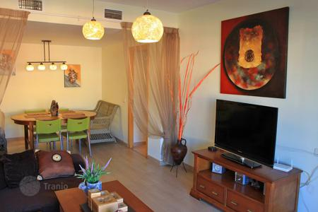 Cheap 2 bedroom apartments for sale in Catalonia. Two-bedroom appartment in 400 m to the sea, Lloret de Mar, Spian
