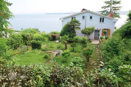 Coastal houses for sale in Slovenia. Villa - Koper, Obalno-Cabinet, Slovenia