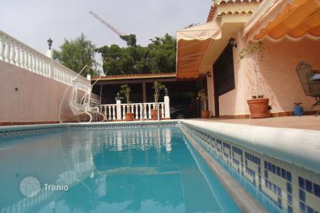 5 bedroom houses for sale in Tenerife. Villa - Chayofa, Canary Islands, Spain