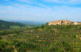 Residential for sale in Trequanda. Country seat – Trequanda, Tuscany, Italy