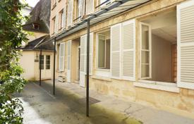 Paris 6th District – A perfect pied a terre with huge potential for 1,700,000 €