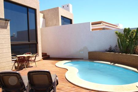 3 bedroom houses for sale in Tenerife. Furnished villa with panoramic ocean and mountain views in El Medano, Tenernife