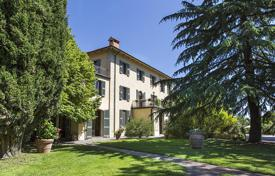 Property for sale in Umbria. Touristic businesses and hotels in Umbria
