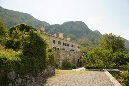 2 bedroom houses for sale in Budva. Stone house with beautiful panoramic views of the sea in Chelobrdo