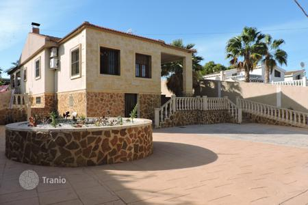 Bank repossessions houses in Costa Blanca. Villa – Torrevieja, Valencia, Spain