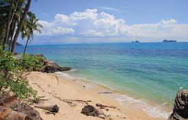 Development land for sale in Thailand. Land on the beach in Taling Ngam
