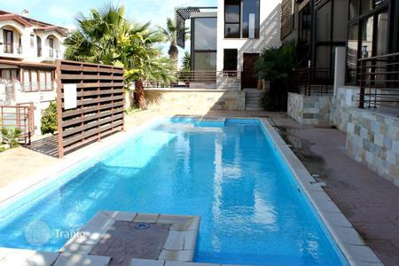 Houses with pools by the sea for sale in Larnaca (city). Villa – Larnaca (city), Larnaca, Cyprus