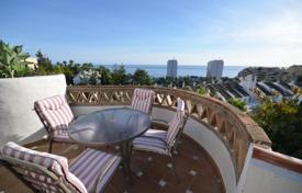 Coastal property for sale in Benalmadena. A beautiful townhouse with a fantastic sea views in one of the best places of Benalmadena Costa!