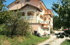Luxury houses for sale in Slovenia. Villa – Obalno-Cabinet, Slovenia