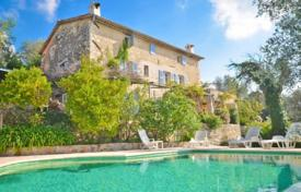 Property for sale in Le Rouret. Villa – Le Rouret, Côte d'Azur (French Riviera), France