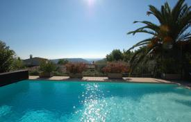 4 bedroom houses for sale in Tourrettes-sur-Loup. Close to Saint-Paul de Vence — Panoramic sea view