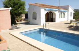 Cheap 2 bedroom houses for sale in Benissa. Villa – Benissa, Valencia, Spain