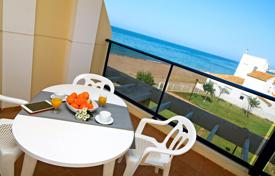 2 bedroom apartments by the sea to rent in Spain. Apartment in Denia with 2 rooms and has capacity for 5 people (max 4 adults)