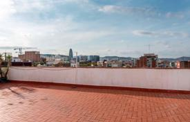 Penthouses for sale in Catalonia. Penthouse – Barcelona, Catalonia, Spain