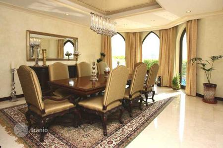 Property to rent in Western Asia. Villa – Palm Jumeirah, UAE