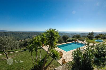 Villas and houses to rent in La Ciotat. Villa Dufy