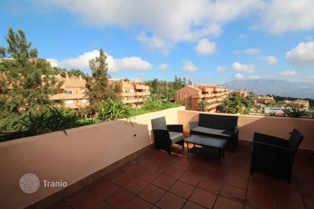 "Cheap apartments with pools for sale in Marbella. Lovely apartment located in a quiet area of ​​""La Mairena"""
