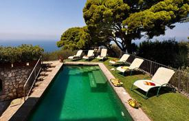 Villas and houses to rent in Amalfi. L'Annunziata