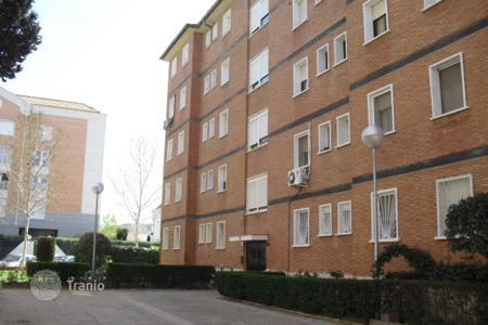 Cheap apartments for sale in Aranjuez. Apartment – Aranjuez, Madrid, Spain