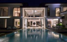 Property for sale in Seminyak. Elegant villa with a private plot, a tropical garden and two swimming pools, Seminyak, Bali
