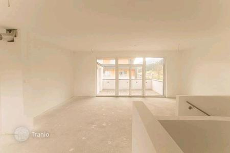 Property for sale in Tyrol. The two-storey apartment in a few minutes drive from the ski lift, Hopfgarten, Tyrol