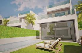 Coastal residential for sale in El Mojón. 3 bedroom detached villas with private pool, solarium and BBQ area in Lo Pagan