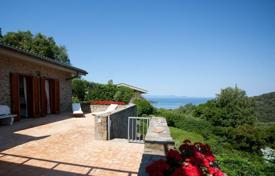 Luxury houses for sale in Punta Ala. Villa in Punta Ala