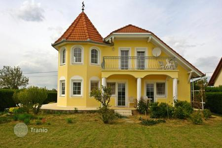 Property for sale in Somogy. Mansion - Marcali, Somogy, Hungary
