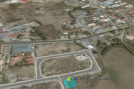 Land for sale in Meneou. Corner Building Plot in Meneou