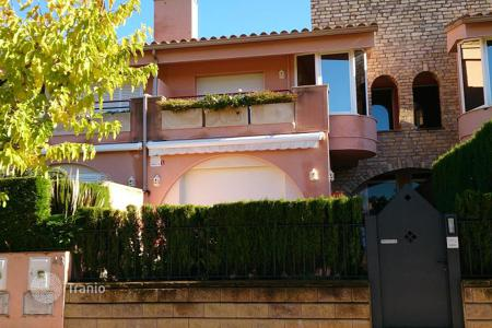 Townhouses to rent in Spain. Terraced house – S'Agaró, Catalonia, Spain
