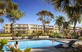 New homes for sale in Nice. Luxury apartment in a new residence with a swimming pool in Nice, Côte d'Azur, France