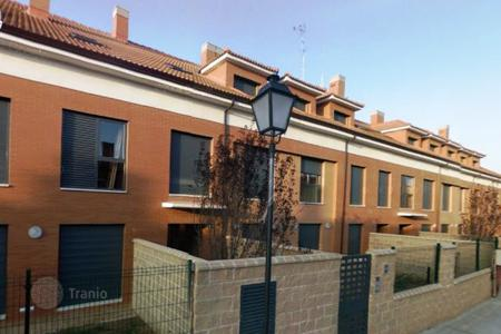 Cheap residential for sale in Castille and Leon. Apartment – Valladolid, Castille and Leon, Spain