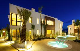 Luxury 4 bedroom apartments for sale in Spain. Ground Floor Duplex for sale in Reserva de Sierra Blanca, Marbella Golden Mile