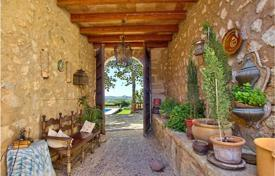 Luxury 2 bedroom houses for sale in Spain. Typical mallorcan country estate from the 16th century in Alar