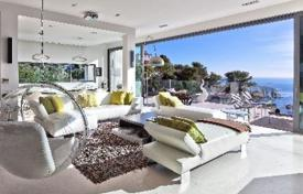 4 bedroom houses by the sea for sale in Villefranche-sur-Mer. Villa – Villefranche-sur-Mer, Côte d'Azur (French Riviera), France