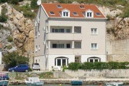 Luxury property for sale in Dubrovnik. House House, firs row to the sea!