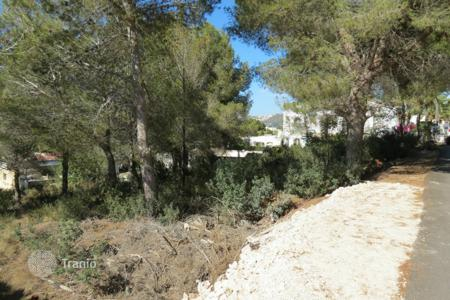 Development land for sale in Moraira. Land for a construction of 255 m² close to amenities in Moraira