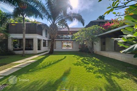 Villas and houses for rent with swimming pools in Indonesia. Villa – North Kuta, Bali, Indonesia
