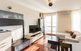 Property for sale in Prague. Bright apartment with a terrace, in a modern residential building with a garden, in a quiet residential area, Prague 5, Czech Republic