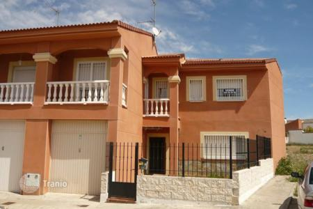 Property for sale in Novés. Villa - Novés, Castille La Mancha, Spain
