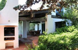 Coastal property for sale in Roda-de-Bara. Villa – Roda-de-Bara, Catalonia, Spain