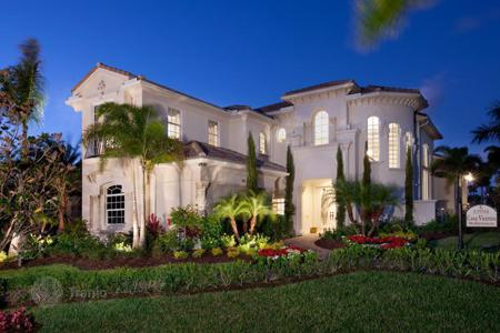 3 bedroom houses for sale in North America. Superb villa in a modern residence in Jupiter