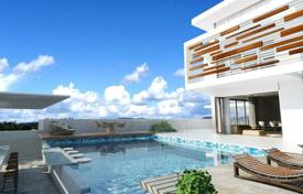 Spacious townhouse with a pool, on the first line from the sea, Limassol, Cyprus for 2,583,000 €