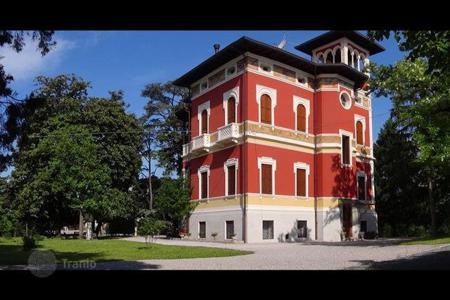 Luxury 3 bedroom houses for sale in Italy. Villa – Friuli-Venezia Giulia, Italy